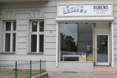 Eingang Rubens Ort für Familien